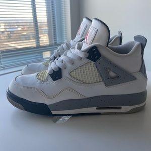 Retro Air Jordan cement 4's